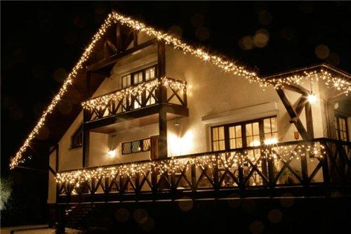 novogodnee-oformlenie-fasadov