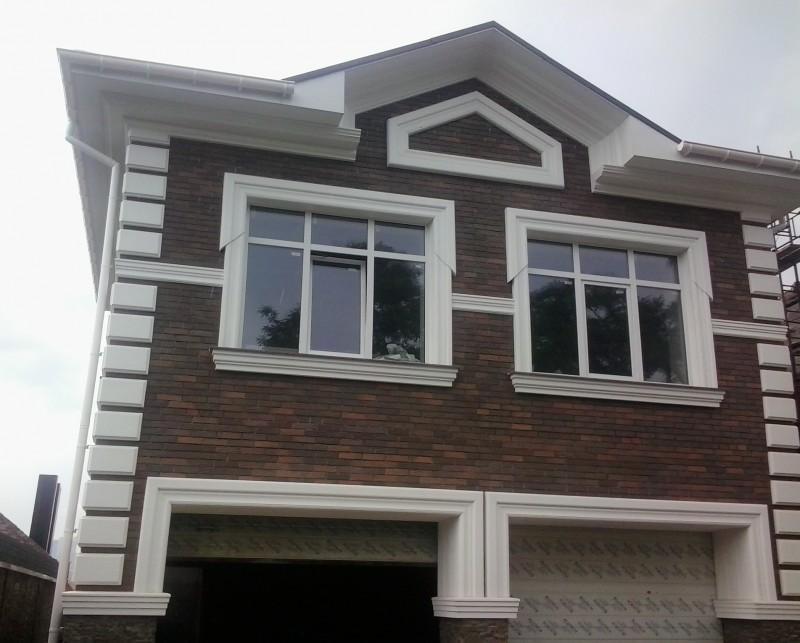 Лепнина на фасад — из пенопласта самое современное и элегантное решение