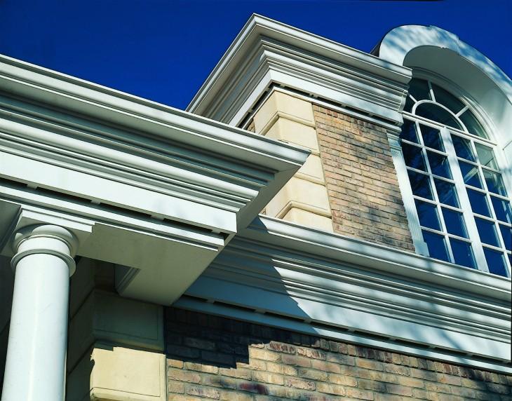 Оформление фасадов: Разнообразие стилистических направлений и фасадный декор из пенопласта