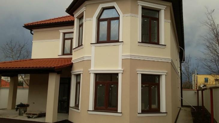 Обрамление окон в Керчи: Пенопластовая лепнина для украшения окон