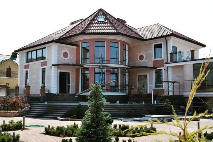Большой ассортимент фасадных декоративных изделий ООО «Архитек»