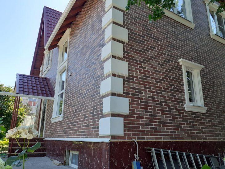 Фасадный декор: реконструкция дома в Новочеркасске