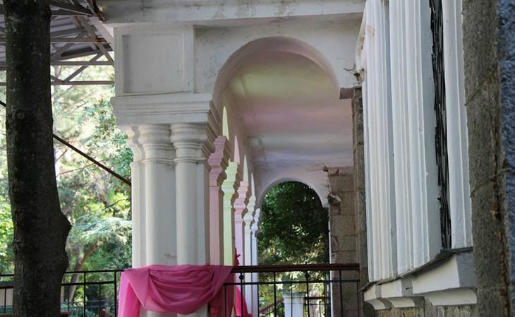 Дача Стахеева в Крыму колоннада