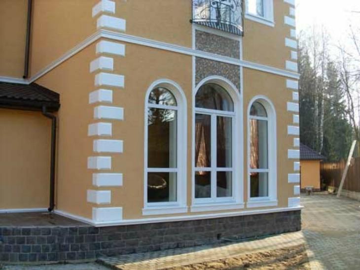 Фасадные работы: Монтаж пенопластовой лепнины