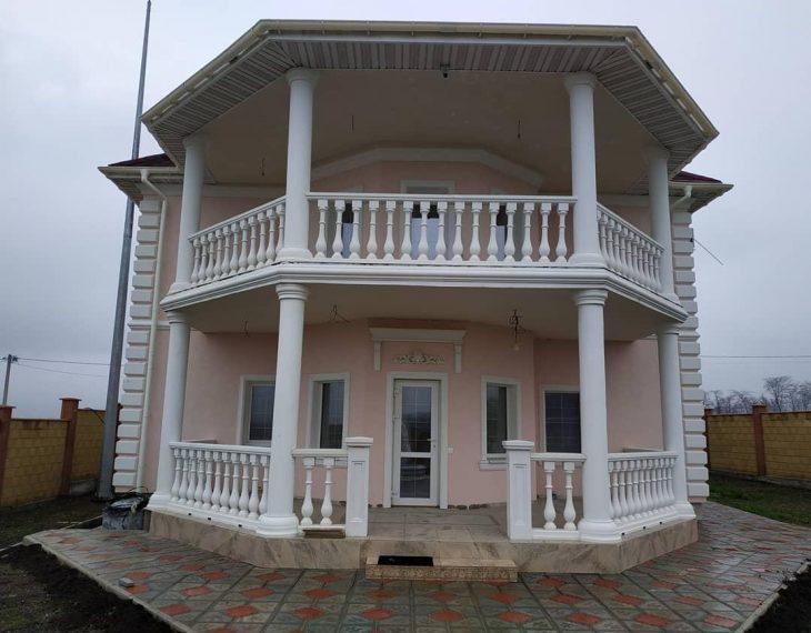 Севастополь: плюс один дом с декором ТМ Архитек