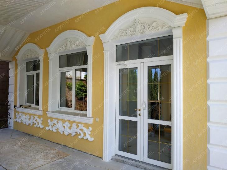 Украшения фасадные наружной отделки современного дома