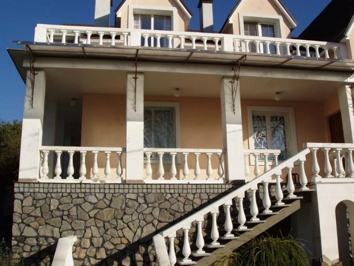 Оформление фасада дома — важный этап в строительстве