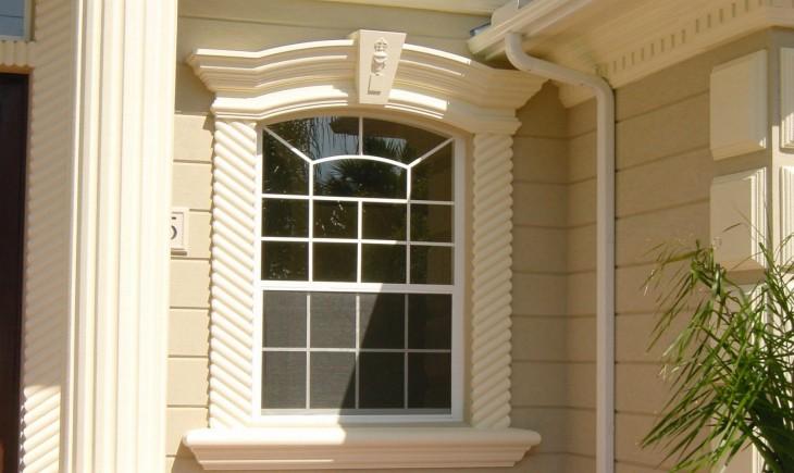 Пенопластовые молдинги на окна – эффективный и надежный декор